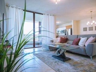 Beautiful 3 Bedroom Private Condo at Solarea Beach Resort