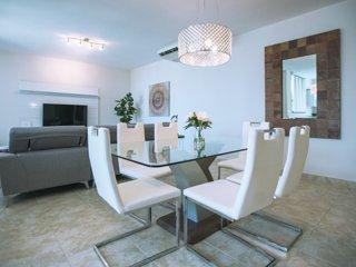 Amazing 3 Bedroom Condo at Solarea Beach Resort