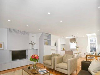 Newly Refurbished 2 Bed Serviced Apt, Mayfair
