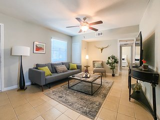 NEW LISTING! Dog-friendly Condo -  Near the Beach with free WiFi