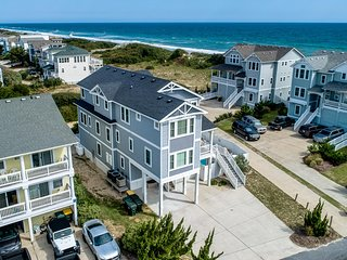 Crabcake | 175 ft from the beach | Private Pool, Hot Tub | Corolla