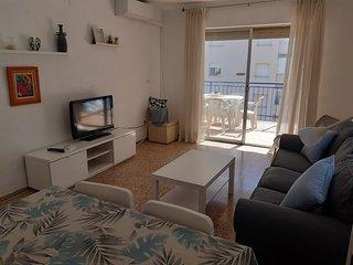 Apartamento RENOVADO a 100 metros de la playa para 6 personas