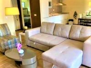 Apartment Suite 2 Suriname with Swimming Pool and Jacuzzi, holiday rental in Leonsberg