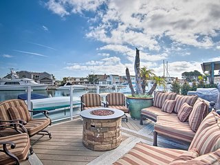 Luxurious Channel Island Harbor Home w/ Boat Dock!
