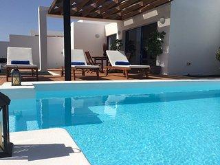 Villalia A10 piscina privada climatizada