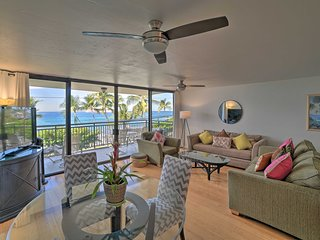 Ocean-View Kona Alii Condo w/ Pool - Walk to Beach