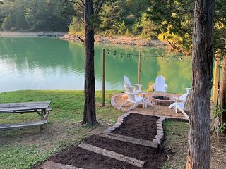 Smoky Mtn Lakefront Cabin w/ Games & Fire Pit!