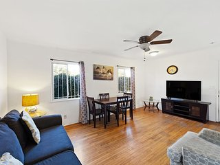 LAD39 - Terrific Venice Getaway, steps to Abbot Kinney and Minutes to the Beach!