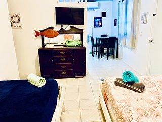 SS 2a - Family Room/ Coastal Express Inn #1