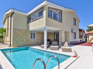Amazing home in Kastel with Outdoor swimming pool, WiFi and 4 Bedrooms (CIC041)