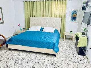 CL 201 Deluxe Bedroom/ Atenas City Inn