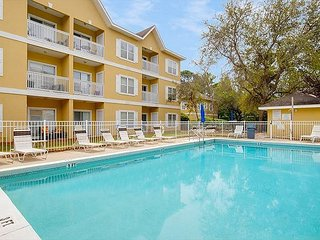 2BR/2BA Condo near Eastern Lake in Seagrove Beach