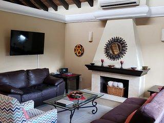 Suite Salamandra, a beautiful villa a few steps from a sandy beach!