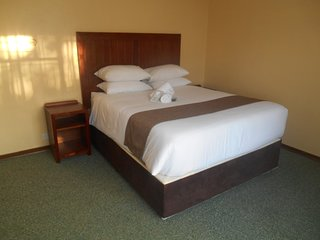 Pebble Rock Lodge Room 6