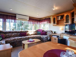 Awesome caravan in Toreboda w/ WiFi and 2 Bedrooms (S50316)
