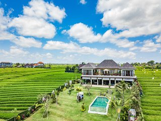 *NEW Sandikala Villa - Luxury 3 Bedroom Villa with Great Views Near Canggu