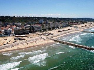 Beach Holidays in Costa da Caparica