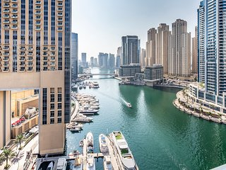 Warm & Spacious 2BR in The Famous Dubai Marina