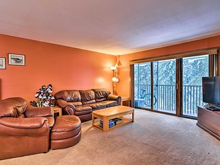 NEW! Cozy Condo w/ Balcony, 1 Mi to Alyeska Resort
