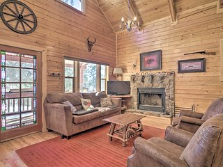 NEW! Log Cabin w/Mountain Views~30Mi to Pikes Peak