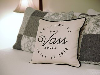 Vass House Lovely Vacation Rental, Wrap Around Porch, Patio for your enjoyment!!