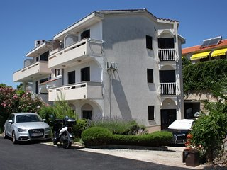 Lovely Studio Helena close to the Beach