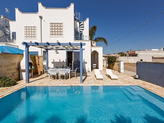 Villaggio Boncore Villa Sleeps 6 with Pool and Air Con - 5832185