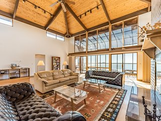 Luxurious home boasting ocean views, a sauna, pool table, & more!
