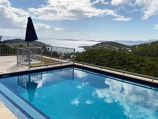 Beautifully appointed 5 BR/5.5 BA Villa and Pool.  Panoramic Ocean Views.