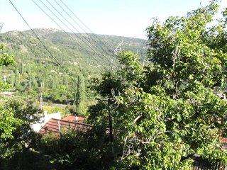 Webooking Prodromos Hills