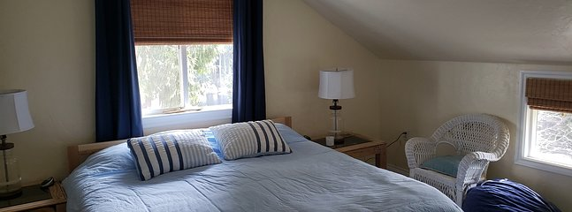 Upstairs room (Twin beds converted to king size)