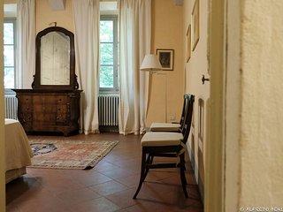 La Loggia Cottage Sleeps 4 with WiFi - 5829482