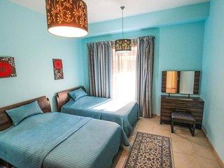 Ho Khau Castle Sleeps 4 with Air Con - 5834150