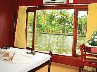 Kerala Houseboats