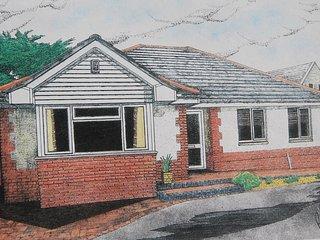 Milford Croft - a luxury modern bungalow near the sea