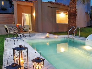 Cosy,luxury,private pool, close to the beach
