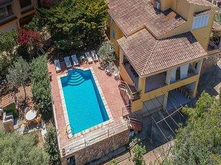 Casa Capitan, aire acondicionado, barbacoa, piscina privada, wifi, cercana a la