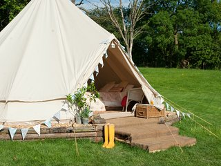 The Owl & The Pussycat Bell Tent - Family Zone