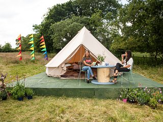Infinite Sun  Glamping Bell Tent - The Family Zone