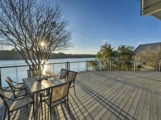 NEW! Lakefront Granbury Home w/ Pier & Lake Access