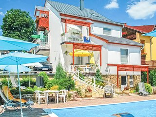 Nice apartment in Hévíz w/ Outdoor swimming pool, Heated swimming pool and 1 B