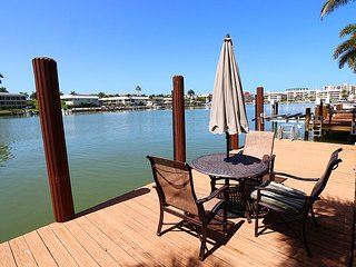 Bayfront Pool Home in The Moorings 262