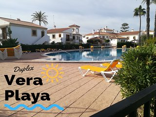Duplex Vera Playa. Sunny house by the pool