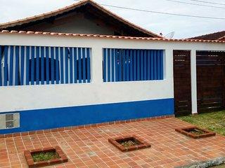 Casa na QUADRA DA PRAIA