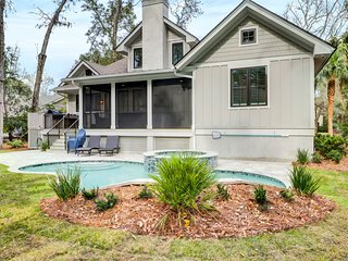New construction home w/ private pool - close to beaches!