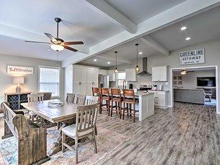 NEW! Modern Home w/Yard, 4 Mi to Shelby Farms Park