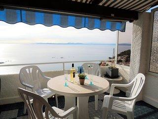Casa en alquiler en Canyelles Petites-Roses con vistas al mar IBI-11