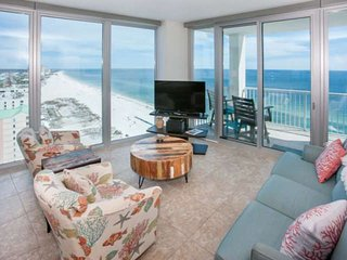 Panoramic Gulf views from 17th floor east corner unit | In/out pools, Hot tub, S