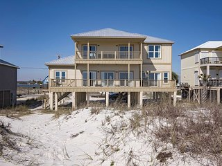 Rates Dropped ~ 6BR ~ Gulf Front ~ Sleeps 18 ~ Pet Friendly ~ Sandy Castle Beach