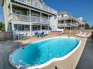 Southern Paws | 1800 ft from the beach | Dog Friendly, Private Pool, Hot Tub | C